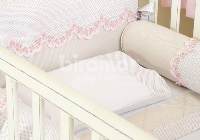 O kit para berço é responsável por modificar completamente o quarto do bebê.  O primeiro aspecto é a beleza do ambiente 890a301c97e
