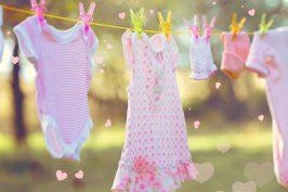 lavar roupinhas de bebê